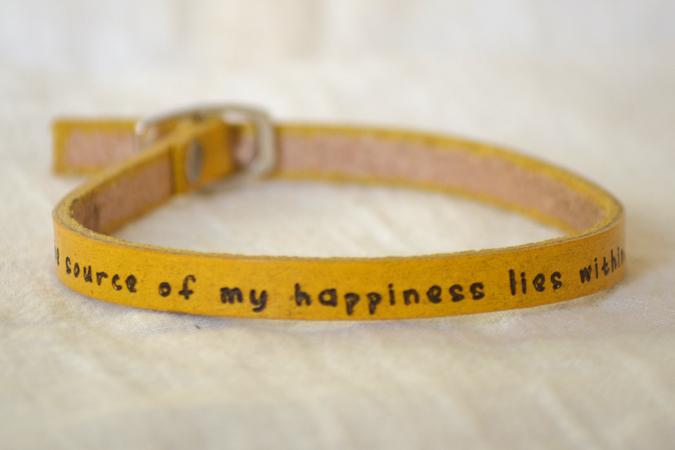 bracelet_yellow-single_happiness_675x450