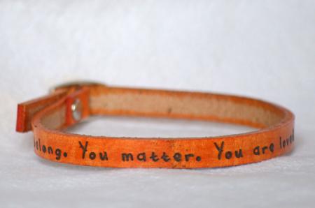 bracelet_orange-you_belong_675x450